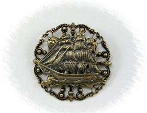 Round Ship Pin