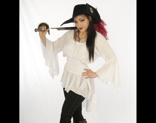 Lady Cutlass Blouse white